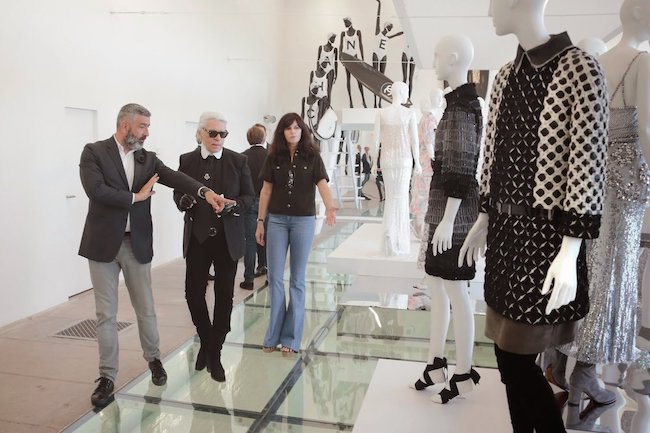 virginie viard va Karl Lagerfeld
